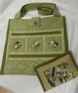 From scraps to sophistication.!!!... Khaki reversible design tote bag and matching cosmetic purse set